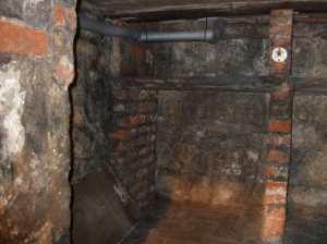 treasurers-house-ghostly-wall