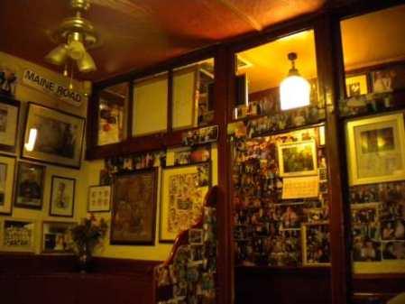 Circus Tavern back parlour