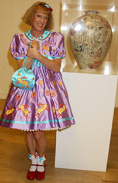Grayson Perry wins Turner Prize 2003