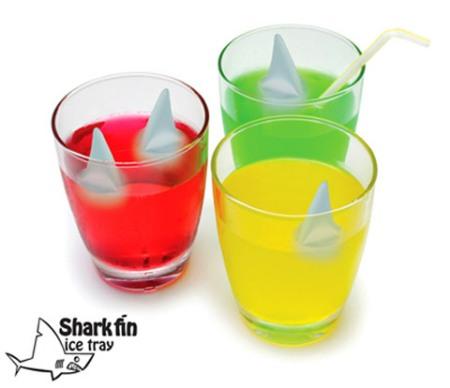 sharks fin ice tray
